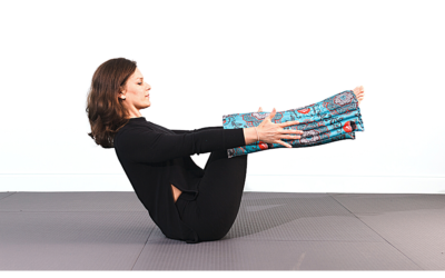 Boat Pose and the RAVI Effects on Center of Mass